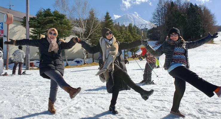 Paket Wisata Halal ke Jepang, berkunjung ke Fujiten Ski Resort