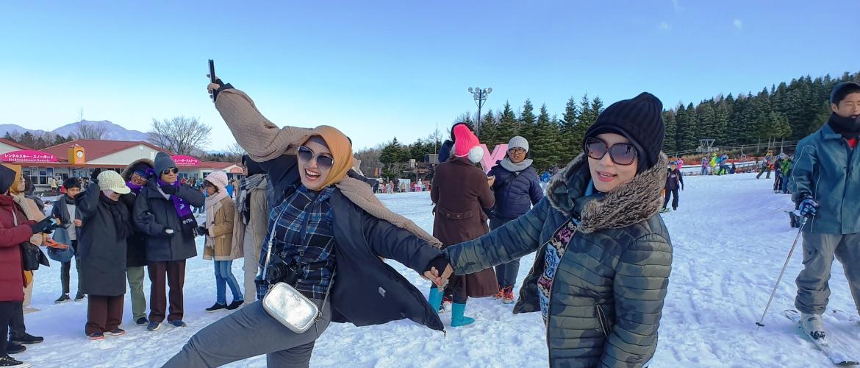 Darmawisata ke Fujiten Ski Resort Jepang