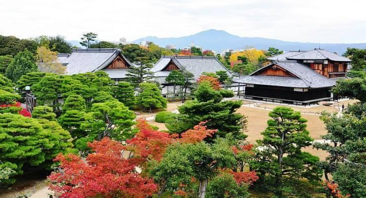 Tour & Travel ke Nijo Castle Kyoto Jepang